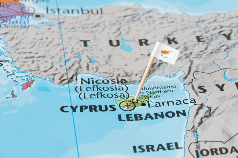 Ο Φουάτ Οκτάι το ξεκαθάρισε. Δύο κράτη η Κύπρος.