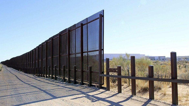Τέξας, ανέγερση τείχους ενάντια στην ανεξέλεγκτη παράνομη μετανάστευση