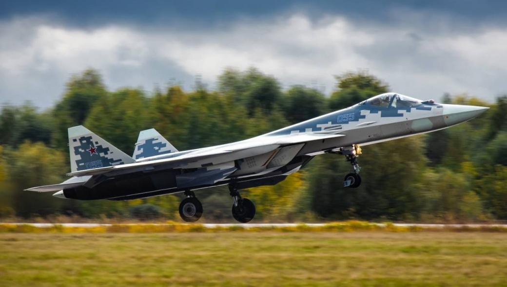 Η Ρωσία παρουσιάζει το νέο μαχητικό αεροσκάφος της